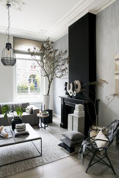 Huizentour bij Klaas in Den Bosch Home Living Room, Interior, White Home Decor, Urban Living Room, Home Decor, House Interior, Living Room Inspiration, Interior Design, Home And Living