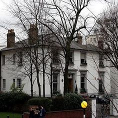 On this day in 1931, Abbey Road recording studios open in London's pricey St. John's Wood