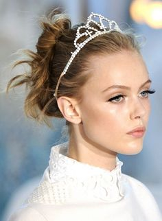 115 Best Winter Beauty Images Maquillaje Cute Hairstyles Hair