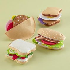 Kids' Kitchen & Grocery: Kids Felt Sandwich Making Set in All Toys Sewing For Kids, Diy For Kids, Crafts For Kids, Felt Diy, Felt Crafts, Felt Food Patterns, Kids Play Kitchen, Felt Play Food, Pretend Food