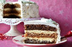 Ce a mai gatit Timea...: Tort cu bezea de nuca si cafea Romanian Desserts, Romanian Food, Romanian Recipes, Diet Recipes, Cake Recipes, Food Cakes, Cakes And More, Yummy Cakes, Vanilla Cake