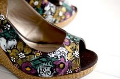 I Am Momma - Hear Me Roar: Feature Friday - Painted Shoes