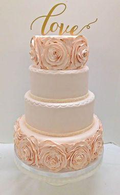 blush and ivory ruffle wedding cake Amazing Wedding Cakes, Elegant Wedding Cakes, Wedding Cake Designs, Pretty Cakes, Beautiful Cakes, Fondant, Pearl Cake, Wedding Cake Fresh Flowers, Occasion Cakes