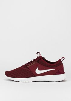 d3c317f147cf Damen - Schuhe versandkostenfrei ab 60 Euro bestellen   SNIPES Onlineshop…  Annabel Sewerin · Sneaker