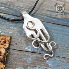 Colgante de horquilla onduladas - hechos a mano de un antiguo tenedor reciclado - Doctor Gus creaciones - joyas de plata estilo Boho reciclado