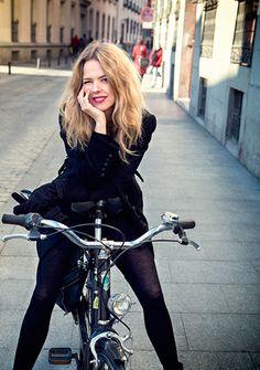 Christina Rosenvinge se mueve en el mismo modelo de bicicleta que tengo yo.