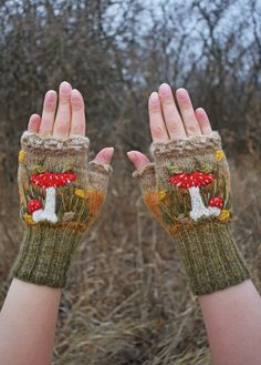 Vintage Glam, Looks Style, Looks Cool, Wrist Warmers, Character Outfits, Goblin, Gift For Lover, Aesthetic Clothes, Fingerless Gloves