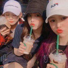 Korean Best Friends, Three Best Friends, Cute Friends, Best Friends Forever, Korean Girl Groups, South Korean Girls, Girl Group Pictures, Girl Friendship, Ulzzang Korean Girl