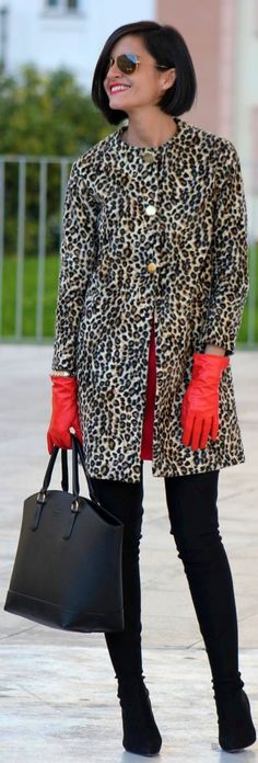 #Leopard #Coat by By ElBlogdeChuchus => Click to see what she wears