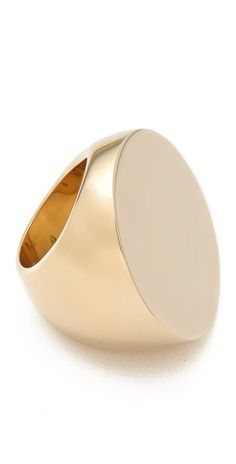 Engrave with monogram: have ALWAYS wanted a yellow gold monogrammed signet ring!