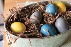 Love the deep & bright natural colors- Homemade Easter Egg Dyes