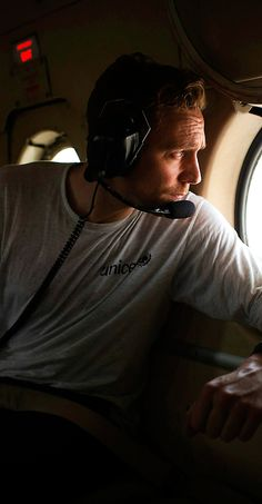 UNICEF UK high profile supporter Tom Hiddleston looks out of a window in an helicopter heading to Nyanapol Boma, Jonglei State, South Sudan. Full size image: http://ww3.sinaimg.cn/large/6e14d388gw1ewg9ogy3spj21400qodjt.jpg Source: http://siegfried-photo.photoshelter.com/gallery-image/PORTRAITS-PERSONALITIES/G0000LKXqrauEloY/I0000YsHT410H3NQ via hiddlestonredalert.tumblr