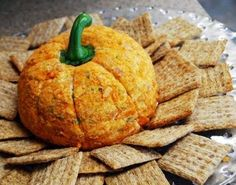 Yummy-sounding cheese ball for autumn!