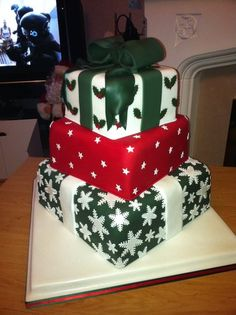 Christmas Present Cake, great for birthdays or a wedding cake