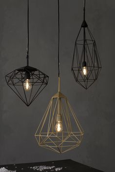 76 Industrial Decor Ideas - From Industrial Hanging Pendants to Wooden Concrete Lighting (TOPLIST) - Hotels Design Projects Industrial Lighting, Home Lighting, Lighting Design, Pendant Lighting, Pendant Lamps, Office Lighting, Wire Pendant, Bedroom Lighting, Interior Lighting