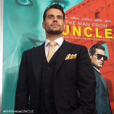 There's no premiere without the CIA's finest, agent Napoleon Solo himself, #HenryCavill. #ManFromUNCLE