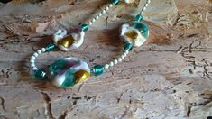 Venetian white beads with gold leaf & fine silver. White Leaf, Gold Leaf, Australian Art, Venetian Glass, Artist Art, Turquoise Necklace, Glass Beads, Jewels, Jewellery