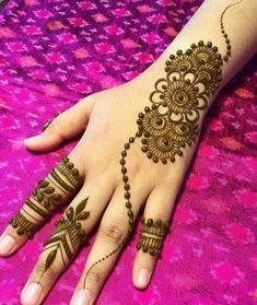 Henna Hand Designs, Mehndi Designs Finger, Henna Tattoo Designs Simple, Simple Arabic Mehndi Designs, Mehndi Designs For Beginners, Modern Mehndi Designs, Mehndi Design Photos, Mehndi Designs For Fingers, Mahendi Designs Simple