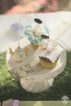 Cup cake Alice in wonderland! #apnapolieventi #aliceinwonderland