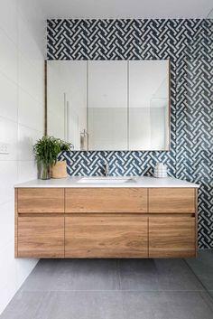 38 Ideas For Bathroom Vanity Countertop Storage Counter Tops Wood Bathroom, Bathroom Colors, White Bathroom, Bathroom Flooring, Bathroom Storage, Bathroom Interior, Modern Bathroom, Small Bathroom, Bathroom Ideas