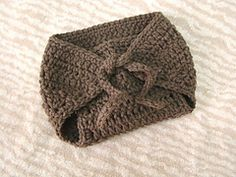 Ravelry: Diaper Cover with crochet ties or buttons pattern by Salena Baca