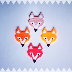 Hama bead foxes, perleplade by Sara Seir