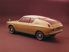 1971 Nissan Cherry GL Coupe - i normally hate nissan but i have a thing for 1970's small cars///