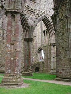 Tintern Abbey is a 12th-century Cistercian abbey standing in picturesque ruins on the southeastern border of Wales.  Tintern was the first Cistercian monastery founded in Wales and only the second to be founded in all of Great Britain.  Photo: castlewales.com