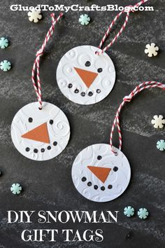 Snowman Gift Tags DIY Snowman Gift Tags - for your winter and Christmas gifts!DIY Snowman Gift Tags - for your winter and Christmas gifts! Diy Christmas Tags, Holiday Gift Tags, Christmas Gift Wrapping, Christmas Presents, Homemade Christmas, Christmas Snowman, Christmas Stockings, Diy Snowman Gifts, Diy Gifts For Mom