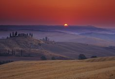 Tuscany: A Romantic Paradise To Render Every Jane Austen Novel Obsolete  http://www.originaltravel.co.uk/blog/romance-in-tuscany