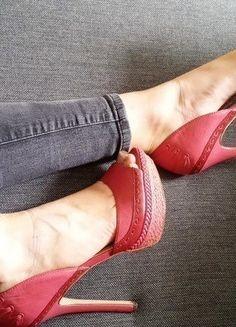 Kup mój przedmiot na #vintedpl http://www.vinted.pl/damskie-obuwie/platformy/12821807-szpilki-na-platformie-rozowe-hit-skora