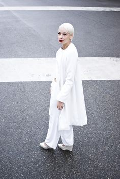 .white clothing