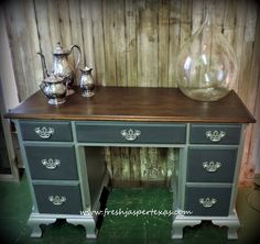 mahogany desk makeover   ... week about this mahogany desk make over you can go here and see the