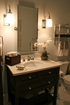 Small bathroom.  Fixture placement and colors.