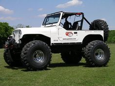 Here are a few more pictures of the Jeep with the 42's on.