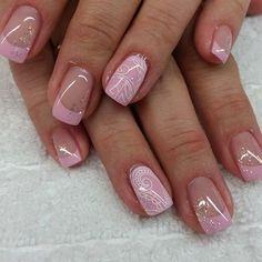 french nails tips Classy Gold Nails, Pink Nails, My Nails, Glitter Nails, Glitter Face, Sparkles Glitter, Natural Nail Designs, French Nail Designs, French Nails