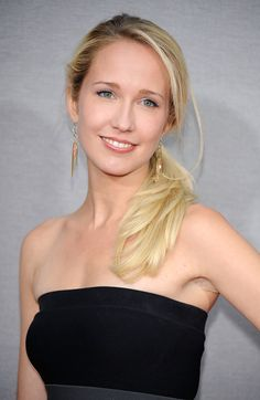 Who is Anna Camp. Is Anna Ragsdale Camp celebrity. who Is Star Anna Camp and who is real celebrity, find out at Star No Star. Anna Camp, Camping Photo, Camping Gear, Backyard Camping, Camping Signs, Camping Packing, Camping Style, Camping Games, Camping Checklist