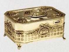 Antique Singing Bird Box.