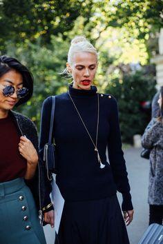 street style moda en la calle en paris fashion w