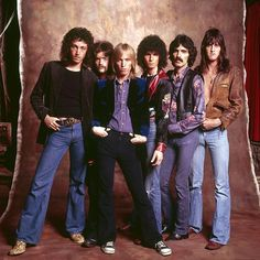 Rock group Tom Petty (third from left) and the Heartbreakers pose for a portrait, Los Angeles, July 15, 1976. Photo by Ed Caraeff.