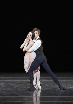 Isabelle Ciaravola and Friedemann Vogel in La dame aux camelias Photo © Michael Pohn Xavi Hernandez, Ballet Images, Male Ballet Dancers, Paris Opera Ballet, Ragamuffin, Isabelle, Dance Pictures, Tight Leggings, Fashion Models