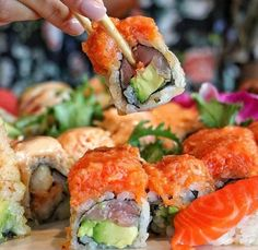 Sushi Go, Candy Sushi, Sushi Recipes, Cooking Recipes, Healthy Recipes, Cute Food, Yummy Food, Food Porn, Exotic Food