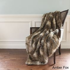 Wild Mannered Luxury Long Hair Faux Fur 58x60 Lap Throw   Overstock.com Shopping - Great Deals on Throws