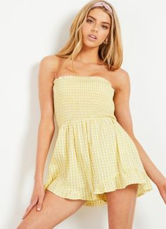 In Our Dreams Playsuit - Yellow Gingham Online Fashion Boutique, Fashion Online, Trendy Outfits, Summer Outfits, Women Clothing Stores Online, Minimal Fashion, Minimal Style, Fashion Pictures, Fashion Advice