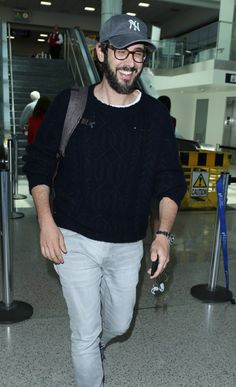Arriving at LA airport after hosting the Tonys.