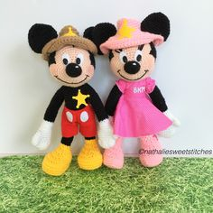 Mickey and Minnie Mouse in crochet amigurumi