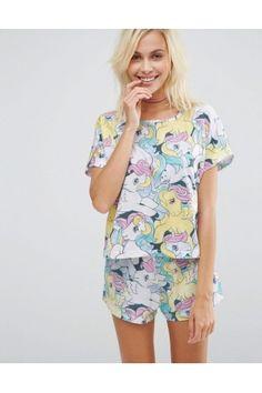 Pijama de ASOS Collection Punto suave al tacto Con escote redondo Estampado en toda la prenda Pantalón corto Cintura elástica Lavar a…