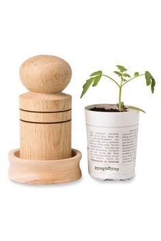 Paper Pot Maker (from gardeners.com)