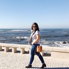 Getting some Vitamin Sea today in beautiful Figueira da Foz with its wavy sea  how are you spending this Boxing Day? . . #figueiradafoz #portugal #boxingday #sun #sea #maisonlabiche #samsoesamsoe #mansurgavriel #sezane #rayban #ootd #tenuedujour #aboutalook #fashiondiaries #instastyle #currentlywearing #styleblogger #travel #instatravel #suitcasetravels #postcardplaces #picoftheday #photooftheday #theeverygirl #thatsdarling #pursuepretty #flashesofdelight #acolorstory #chasinglight…
