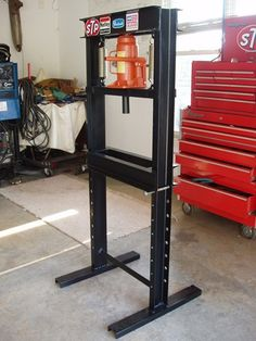 Homemade Hydraulic Press - Plans and Dimensions Included – Corvette Restoration Welding Shop, Welding Tools, Welding Projects, 20 Ton Hydraulic Press, Hydraulic Press Machine, Metal Working Tools, Metal Tools, Mechanic Tool Box, Fabrication Tools